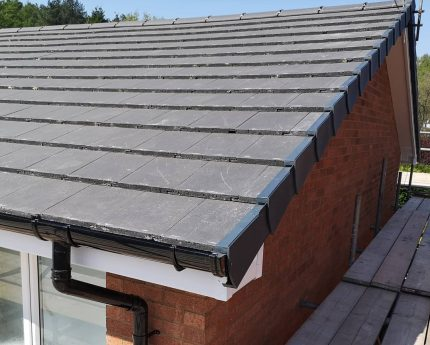 roof and slate tiling